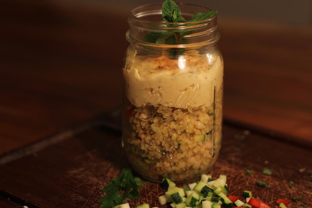 Gelber Hummus