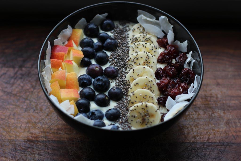 Drei Ideen für Sojajoghurt zum Frühstück