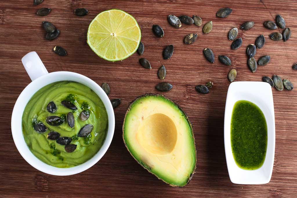 Avocadosuppe mit Koriander 3