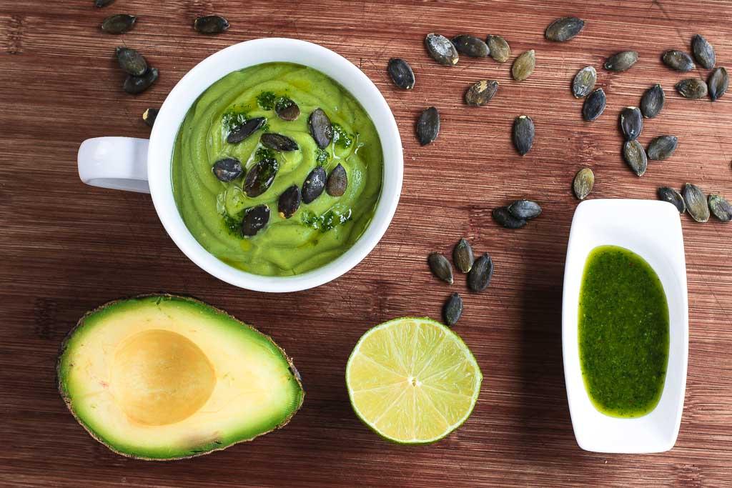 Avocadosuppe mit Koriander 4