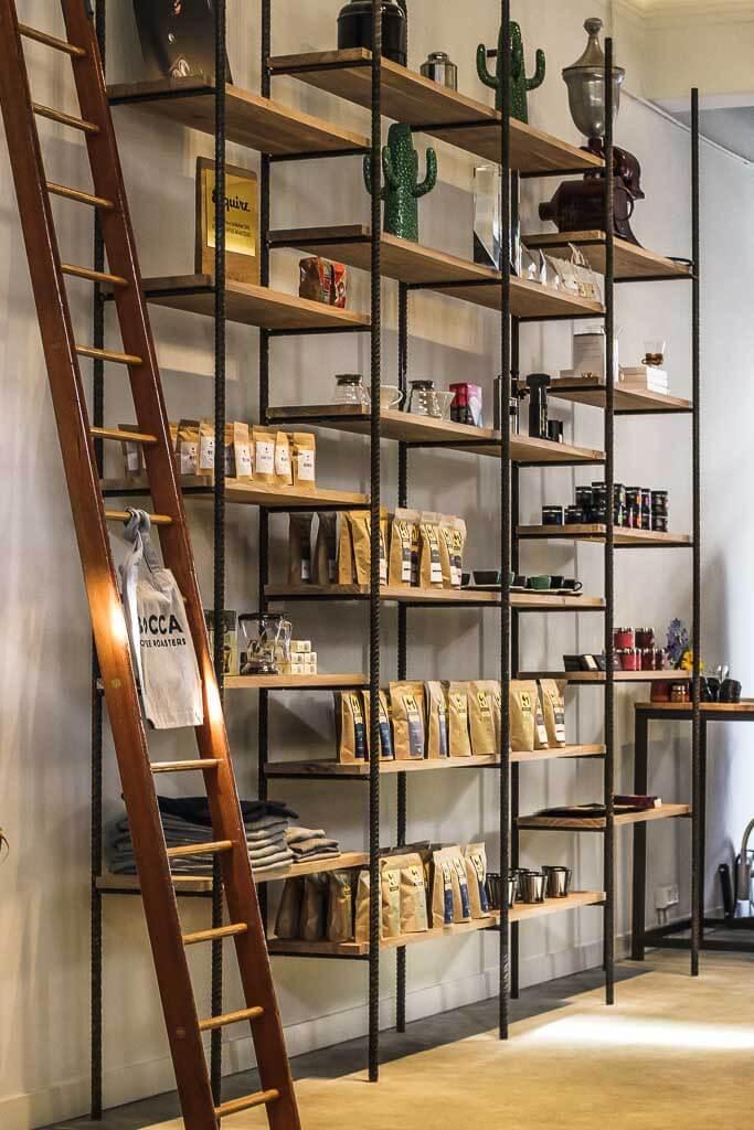 Bocca Coffee Roasters - Verkaufsregal